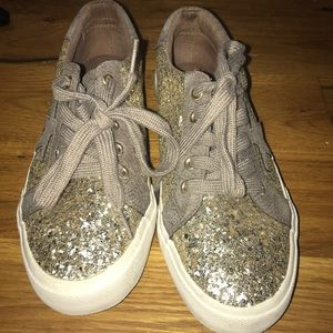 Shoes - gold star sneakers